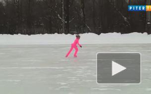 Эстафета на коньках и снежный волейбол в Удельном парке