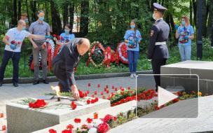 Выборжцы приняли участие во всероссийской акции «Свеча памяти»
