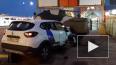 В Петербурге каршеринговый автомобиль протаранил броневи...