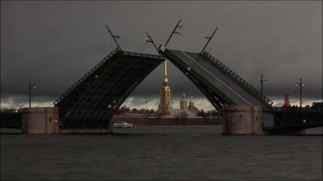 В ночь с пятницы на субботу изменится график разводки четырех мостов
