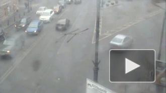 Столкнул с дороги. Авария на Каменноостровском