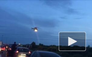 Пострадавшего в аварии на КАД забирали в больницу на вертолете