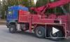 Дорожники Ленобласти заковывают в цепи тяжелые большегрузы