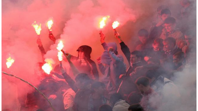 Зенит оштрафован на 420 тыс за поведение фанатов в Туле