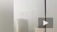 В Казани башенный кран рухнул на жилой дом