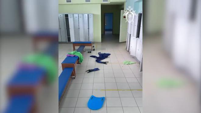 Власти рассказали о состоянии детей, отравившихся в бассейне в Астрахани