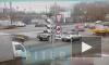 На перекрестке Благодатной и Витебского проспекта иномарку вынесло на обочину при ударе
