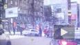"""Видео: В Новосибирске машина снесла пешеходов на """"остров..."""