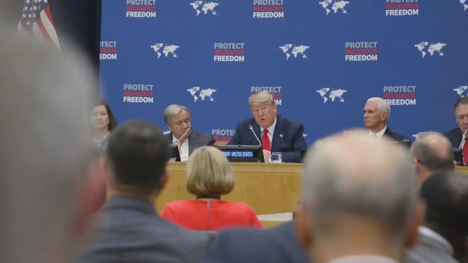 """Дональд Трамп заявил о желании США прекратить политику """"бесконечных войн"""""""