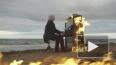 Дотла: слепой пианист сыграл Рихтера на горящем пианино ...