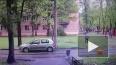 Видео из Москвы: Пьяный москвич устроил стрельбу на детс...