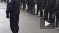 Митингующие встретились на Дворцовой с ОМОНом