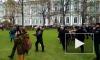 Видео: у Зимнего дворца задержали подростков-участников митинга