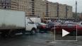 На пересечении Бухарестской и Славы сломался светофор, ...