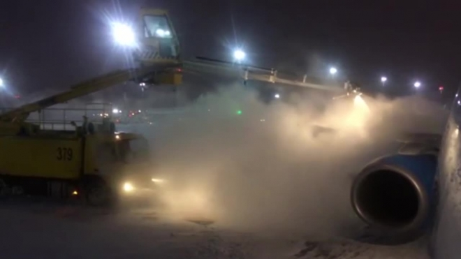 """В """"Пулково"""" отменили три рейса в Москву из-за погоды"""