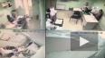 Видео: в Ставрополе мужчина в офисе нанес 4 удара ...