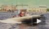 На морском фестивале петербурженки обнажались и прыгали в воду