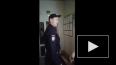 Появилось видео жесткого задержания женщины сотрудником ...